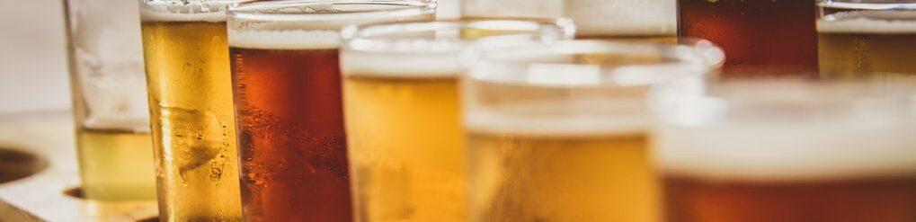 Bierproeverij met verschillende bierstijlen.